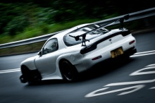 "Spirited Touge Runs with an Amemiya FD3S in Hong Kong. Nothing like a hardcore 7 for the 7000th post of this POS ""car diary""..whoop-tee-freakin'-do…"