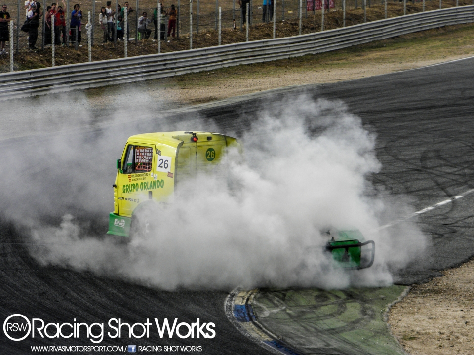 Power truck Gp time on jarama drifting